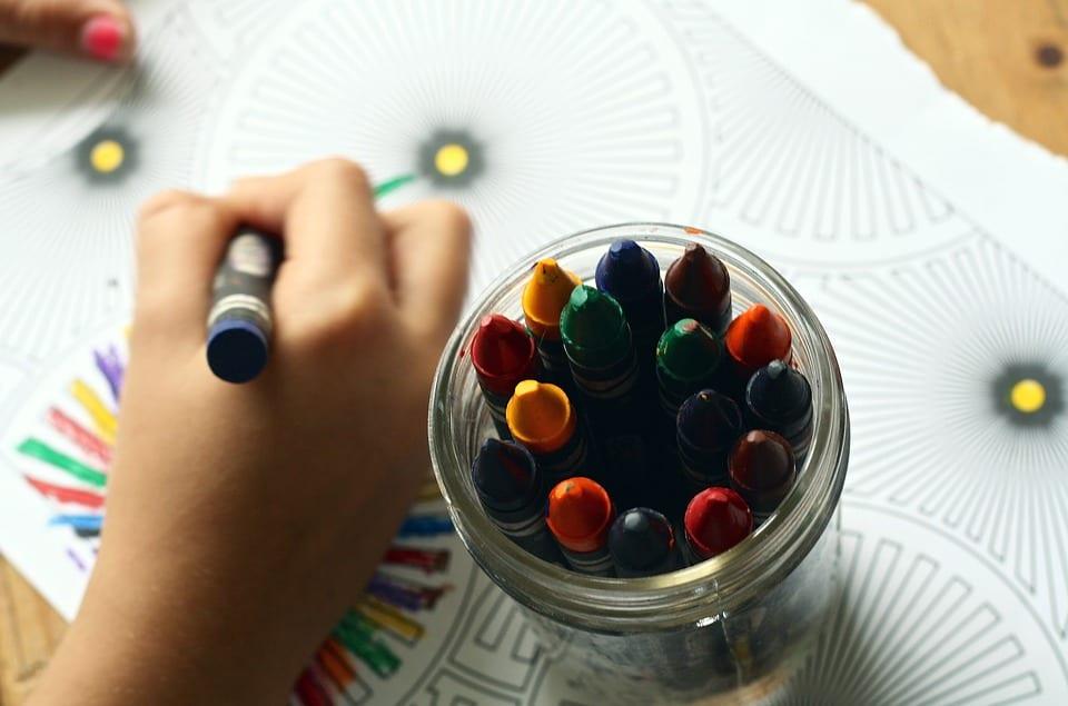 Mandalas: Guía Fácil con Imágenes para Colorear, Pintar, Tejer y Crear 18