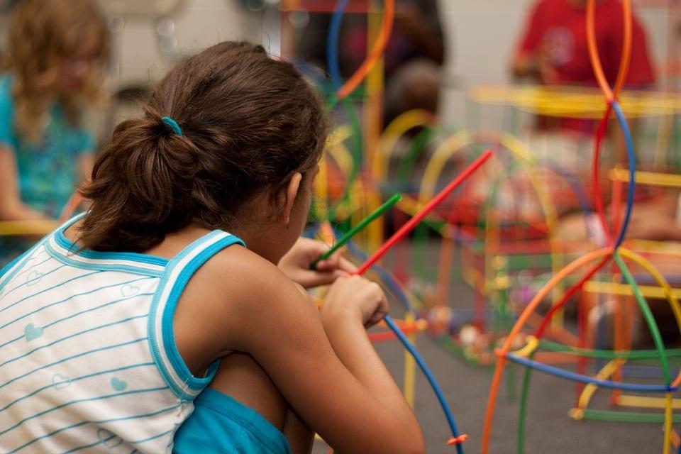 Método Montessori (qué es y actividades para aplicarlo en casa) 1