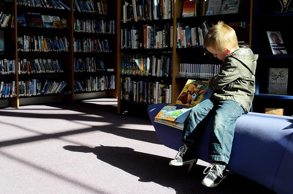 Como saber si mi hijo es disléxico - (6 SEÑALES PARA RECONOCERLO) 2