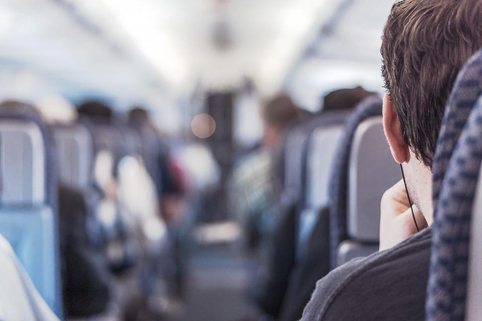 Guía práctica para viajar con niños en avión 3