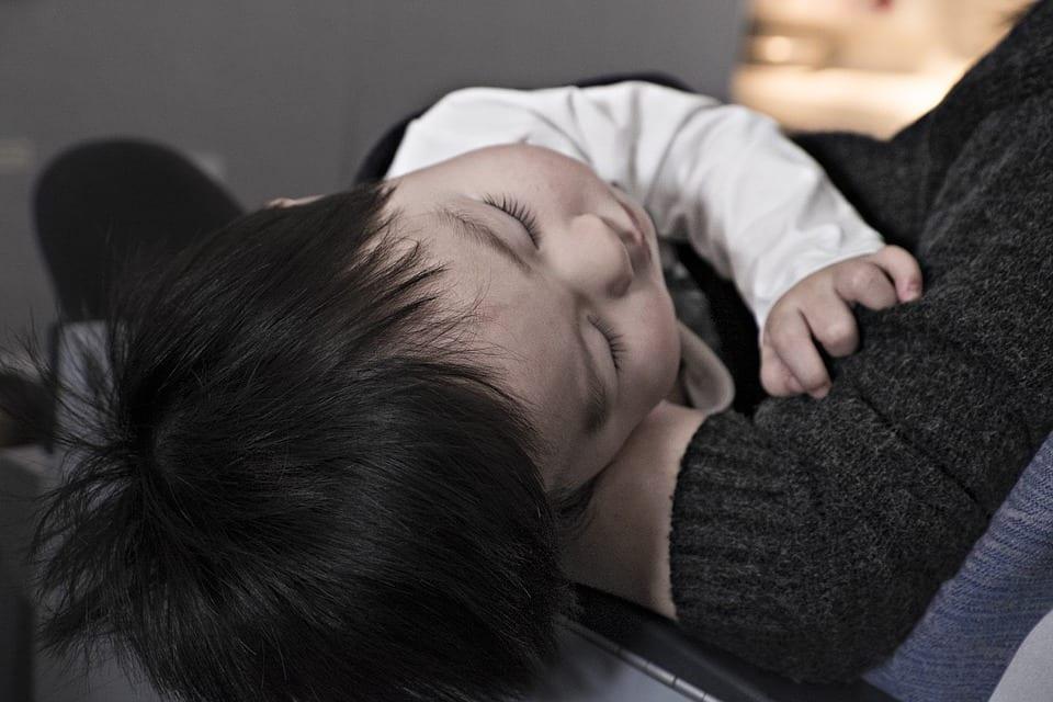 Como ayudar a dormir a un bebé - (CONSEJOS INFALIBLES) 1