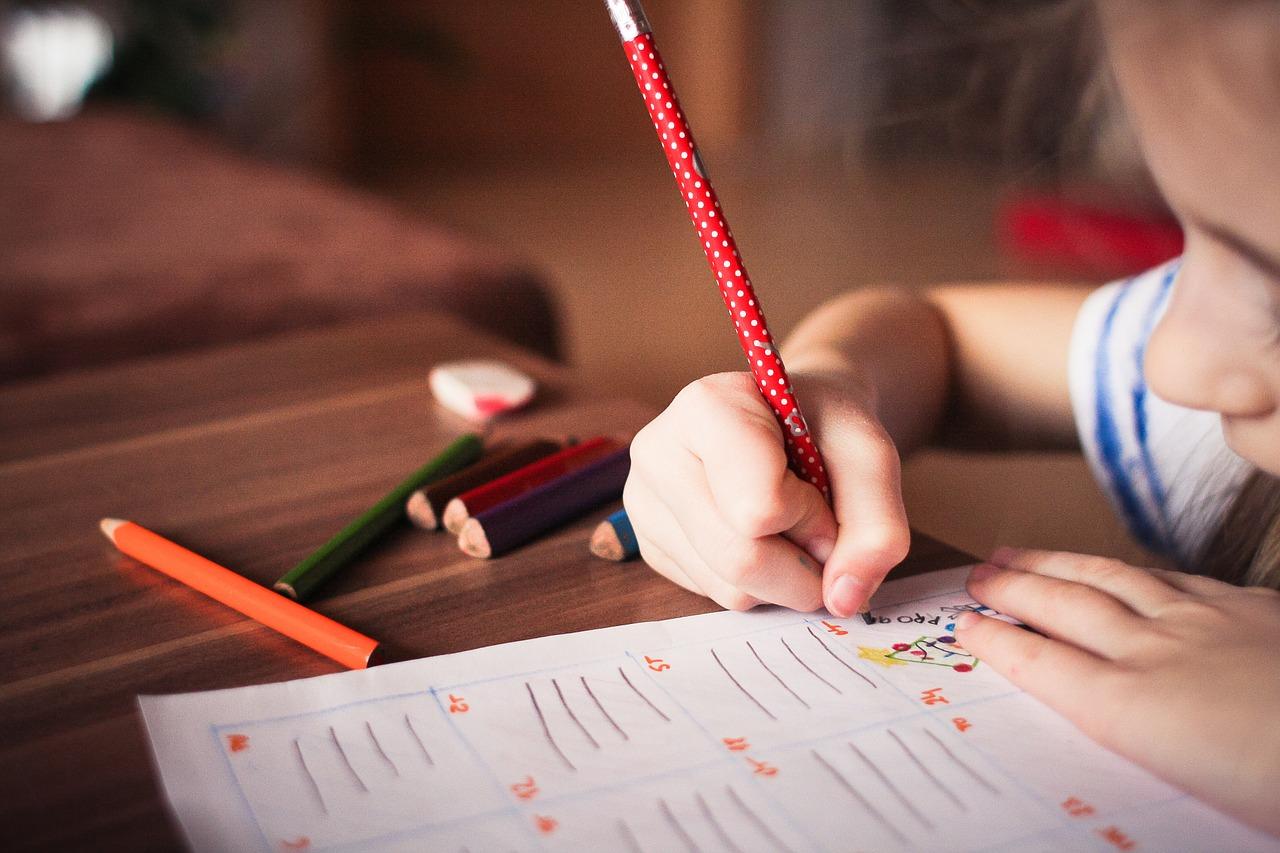 Ayudando a los niños a escribir su carta para los Reyes 25